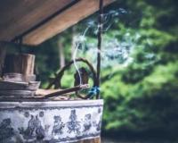 olejki eteryczne i aromaterapia – naturalny sposób na jesienne przeziębienia